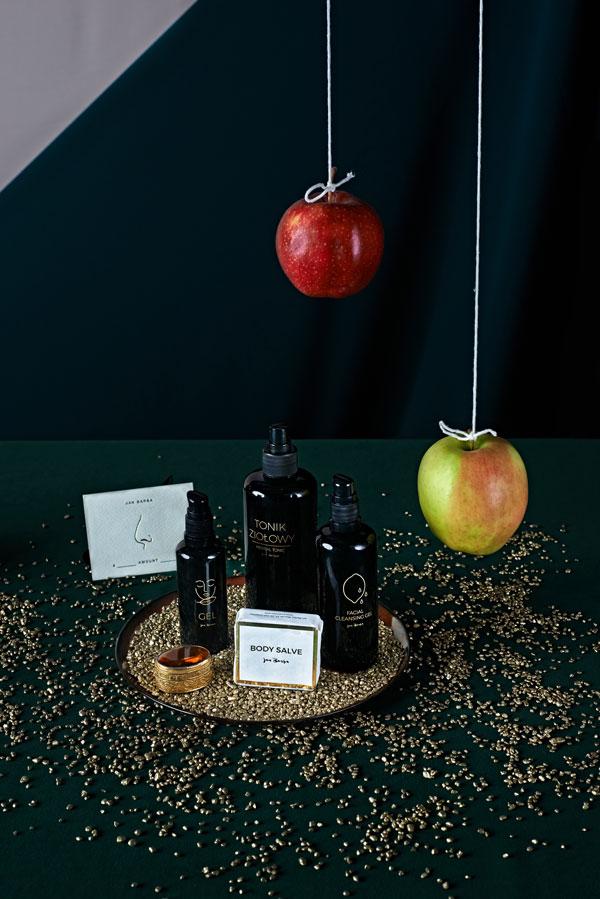 prezentownik świąteczny 2020, co kupić na święta, prezenty na święta, prezenty dla niej, prezenty dla niego, Glodna Daga, Dagmara Rosiak, jan barba, naturalne kosmetyki