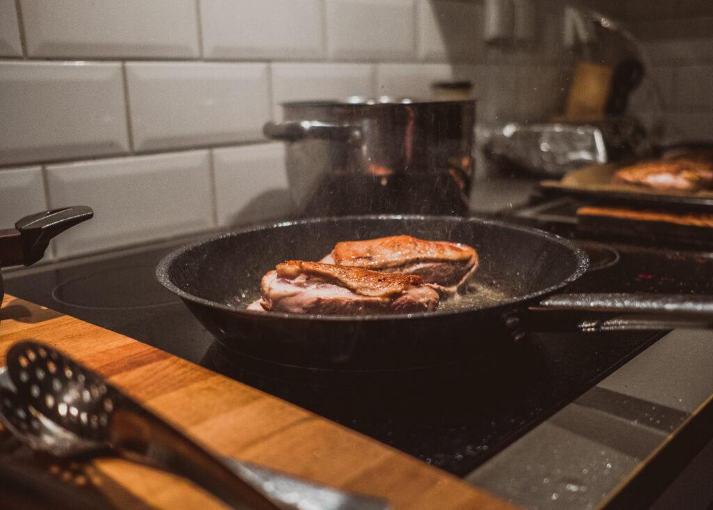 obiady czwartkowe, glodna daga, kaczka w sosie demi-glace, przepis