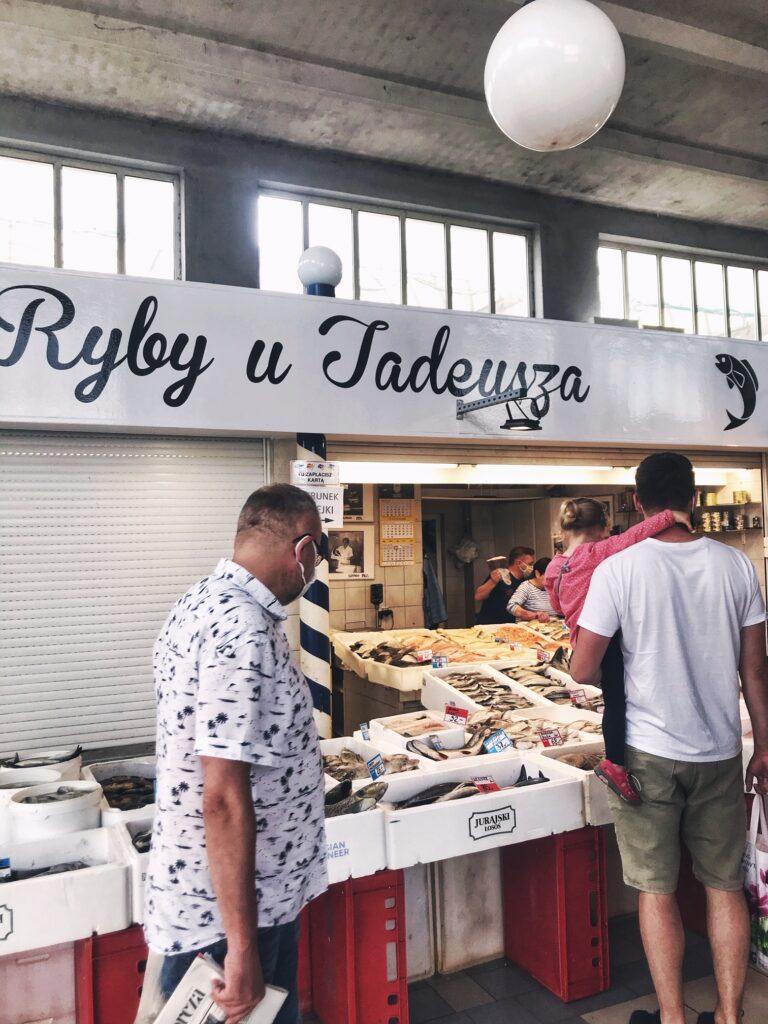 najlepsze ryby w Trójmieście, hala targowa, najlepsze ryby w gdyni, gdzie na rybę nad morzem
