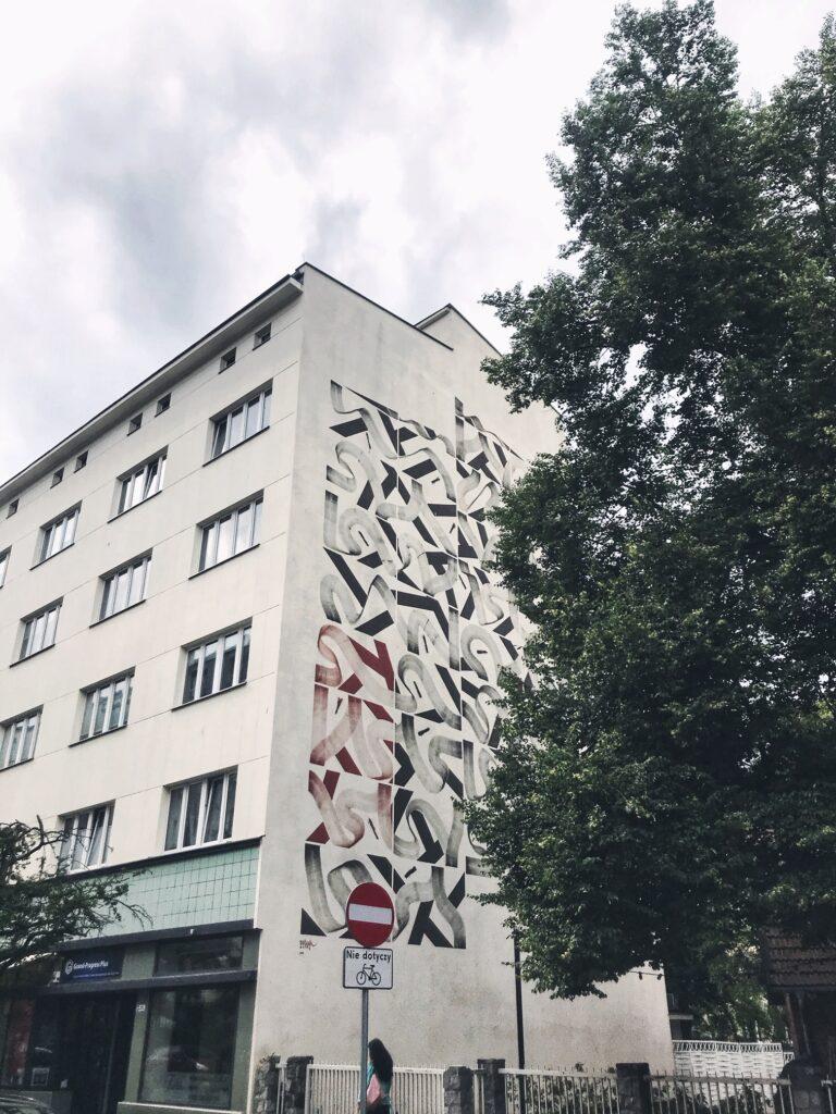 wycieczki po gdyni, co zobaczyć w gdyni, murale, traffic design
