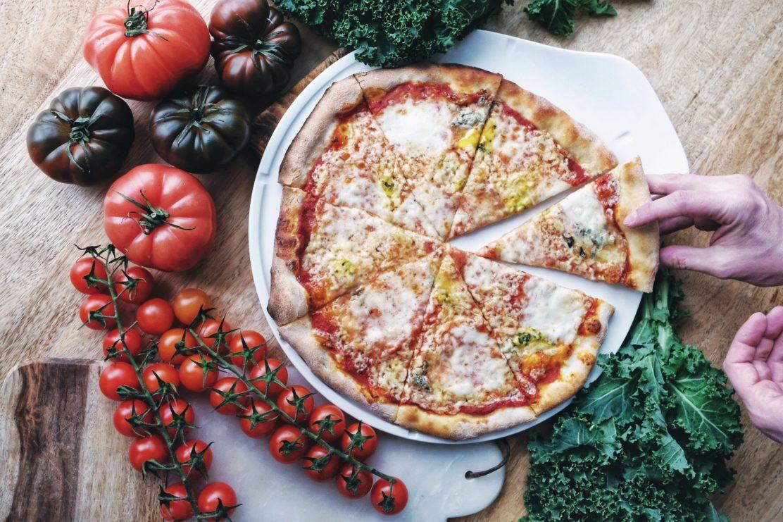 przepis na pizze, pizza rzymska, pizza w domu, jak zrobić pizze, wloskie przepisy, comfort food